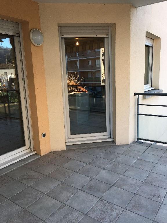 Location appartement Bourgoin jallieu 750€ CC - Photo 4