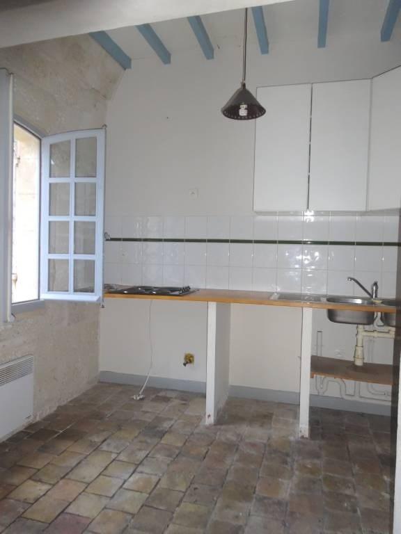 Rental apartment Barbentane 650€ CC - Picture 4