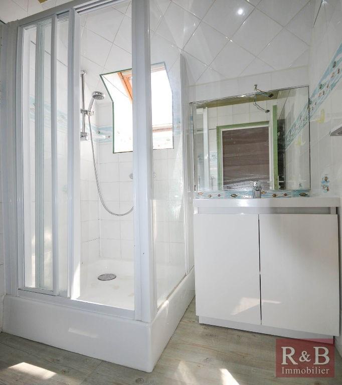 Vente maison / villa Les clayes sous bois 368000€ - Photo 12