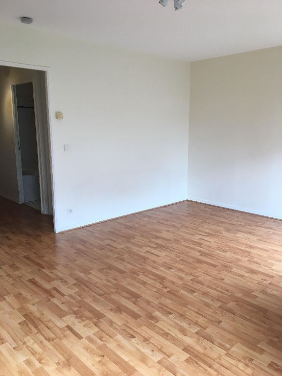 Location appartement Rueil malmaison 690€ CC - Photo 2
