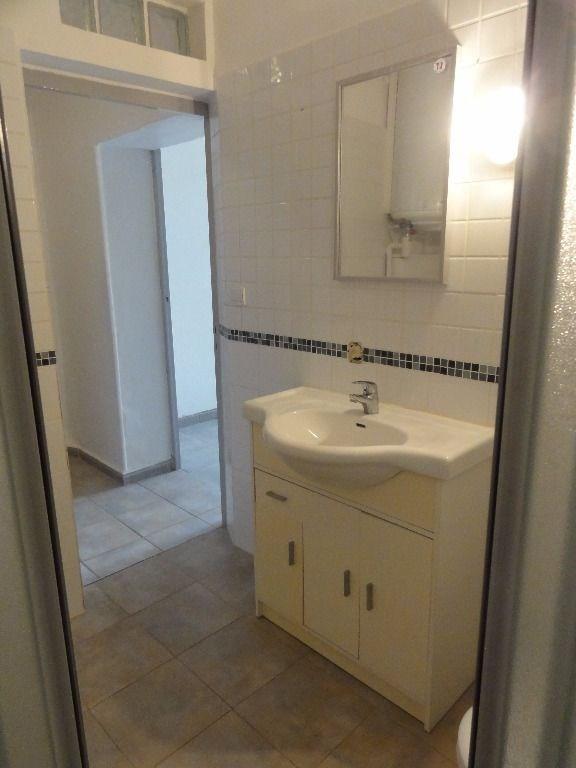 Sale apartment Entraigues sur la sorgue 119000€ - Picture 9