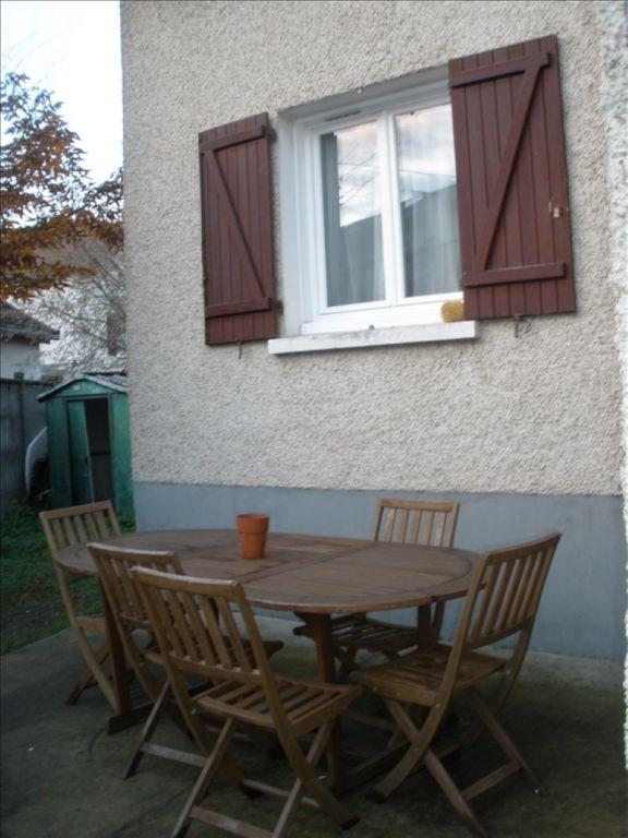 Rental house / villa Conflans ste honorine 721€ CC - Picture 2