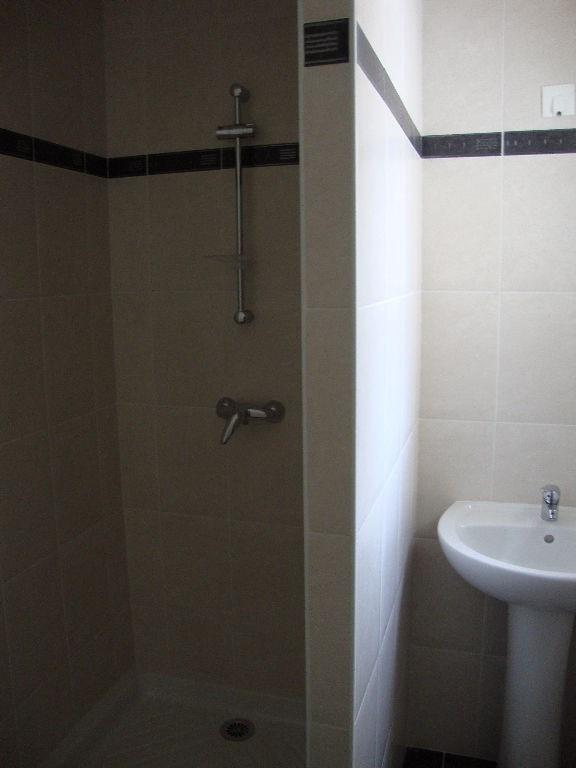 Rental apartment Pont l abbe 280€ CC - Picture 2