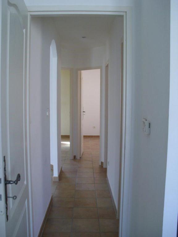 Location maison / villa Althen des paluds 967€ CC - Photo 10