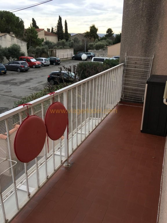 Life annuity apartment Marignane 114000€ - Picture 2