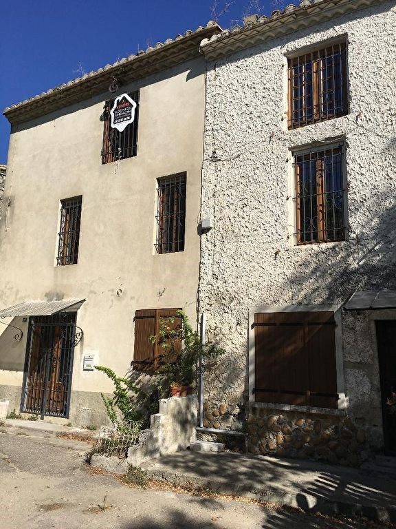 Vente maison / villa Montfrin 110 000€ - Photo 2