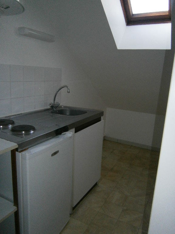 Location appartement Buc 670€ CC - Photo 3