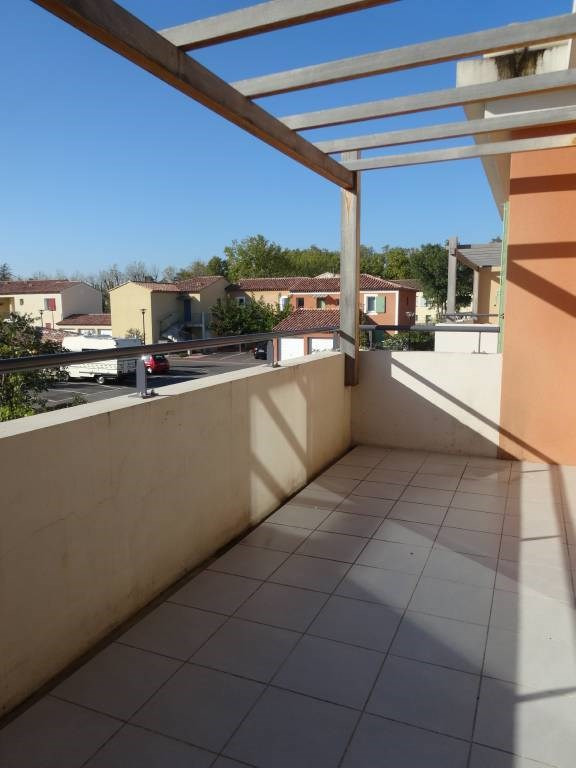 Rental apartment Montfavet 566€ CC - Picture 2