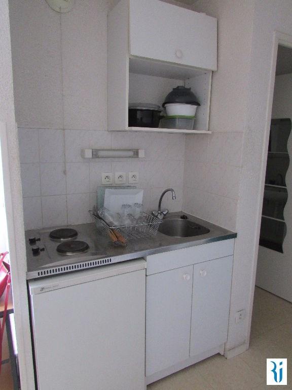 Location appartement Rouen 342€ CC - Photo 2