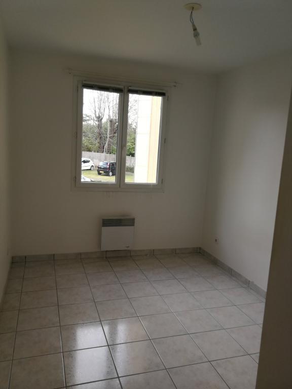 Location appartement Bruyeres-le-chatel 851€ CC - Photo 7