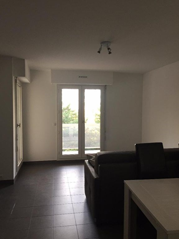 Location appartement Levallois perret 1 300€ CC - Photo 3