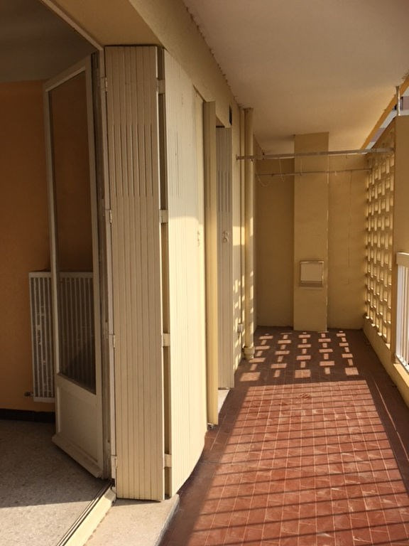 Vente appartement Saint laurent du var 185 000€ - Photo 5
