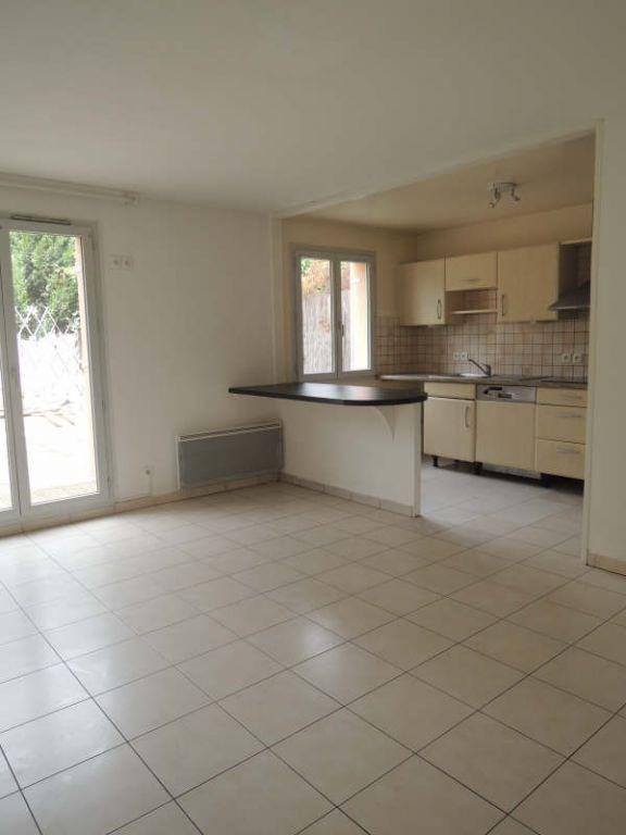 Location appartement Acheres 985€ CC - Photo 1