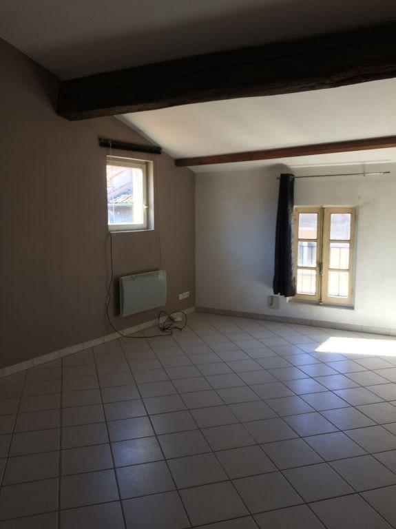 Location appartement Villeneuve les avignon 470€ CC - Photo 3