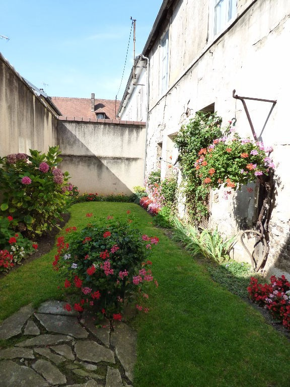 Investment property house / villa Les andelys 300000€ - Picture 5