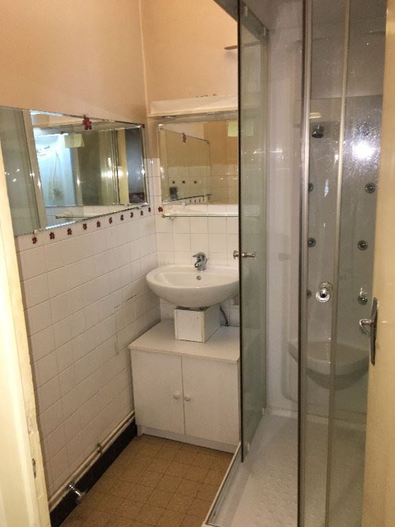 Location appartement Bourgoin jallieu 595€ CC - Photo 3