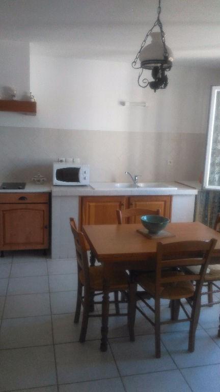 Rental apartment La crau 900€ CC - Picture 2