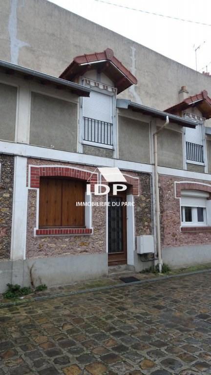 Rental apartment Corbeil-essonnes 800€ CC - Picture 1
