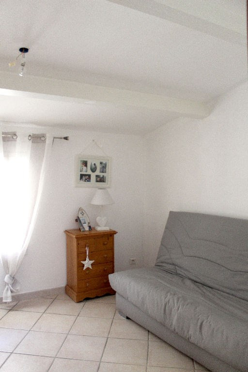 Sale house / villa Lambesc 241500€ - Picture 7