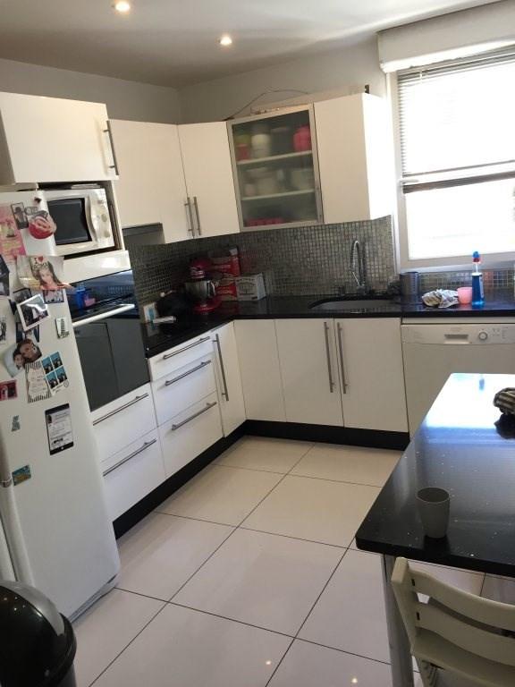 Sale apartment Marseille 8ème 359000€ - Picture 3