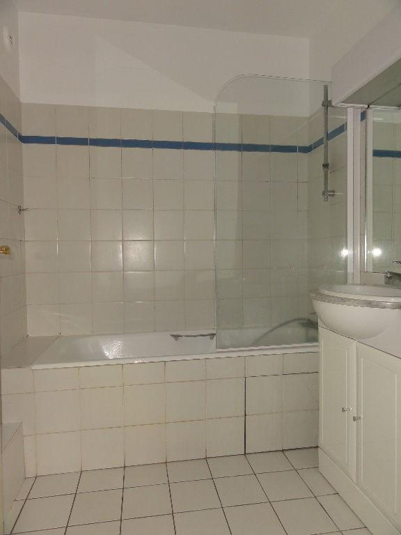 Sale apartment Rueil malmaison 395000€ - Picture 4