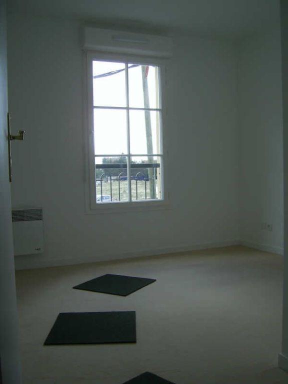 Rental apartment Wissous 1095€ CC - Picture 8