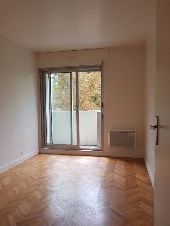 Location appartement Saint germain en laye 1 650€ CC - Photo 4
