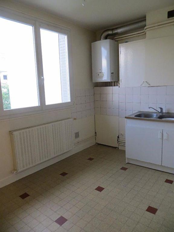Rental apartment Clermont ferrand 450€ CC - Picture 2