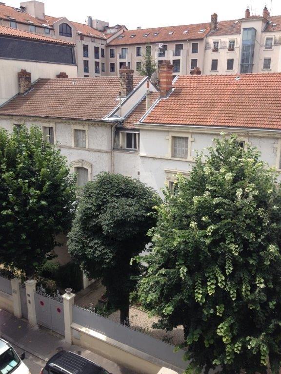 Location appartement Lyon 6ème 870€ CC - Photo 1