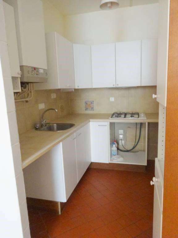 Rental apartment Avignon 660€ CC - Picture 3