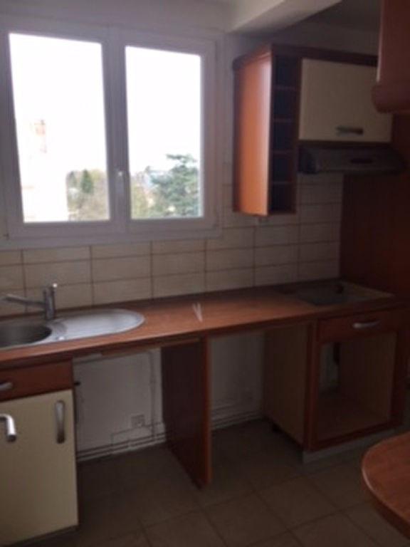 Location appartement Saint germain en laye 1105€ CC - Photo 6