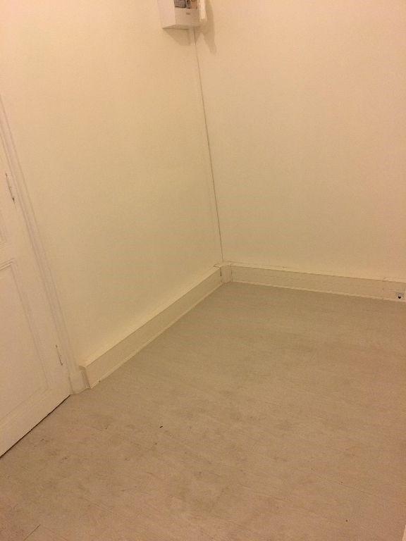 Rental empty room/storage Paris 13ème 1531€ CC - Picture 6