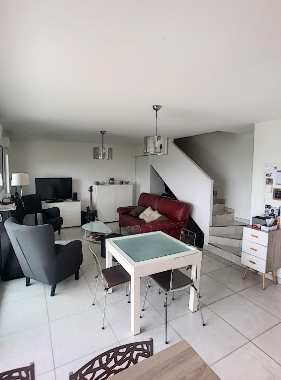 Sale apartment Saint laurent du var 392000€ - Picture 6