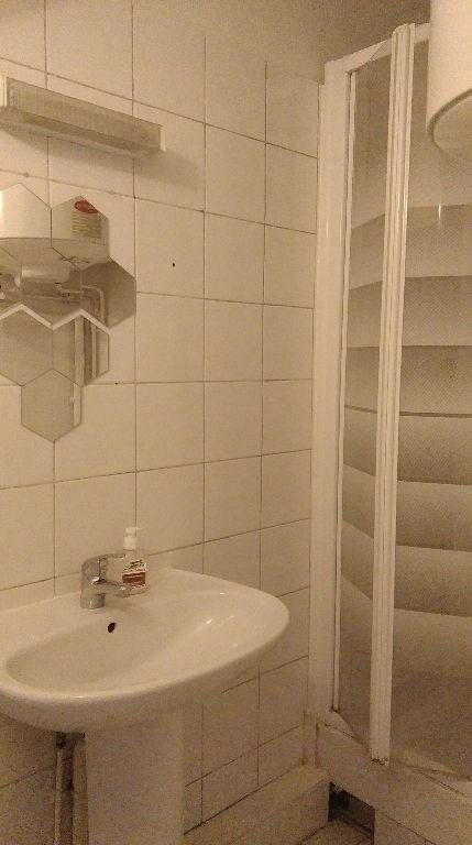 Location appartement Levallois perret 690€ CC - Photo 4