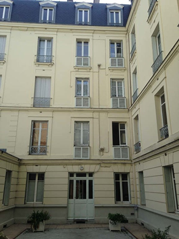 Rental apartment St germain en laye 950€ CC - Picture 4
