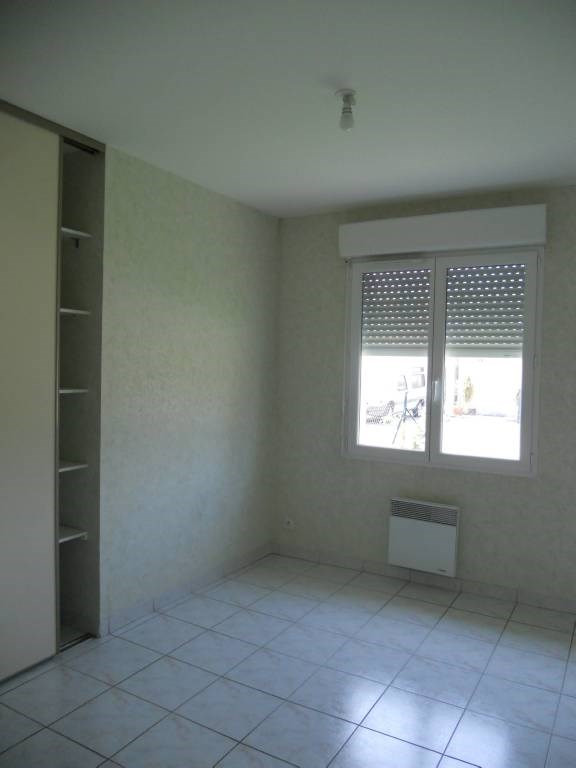Rental house / villa Genissac 794€ CC - Picture 3