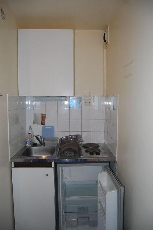 Rental apartment La rochelle 402€ CC - Picture 3
