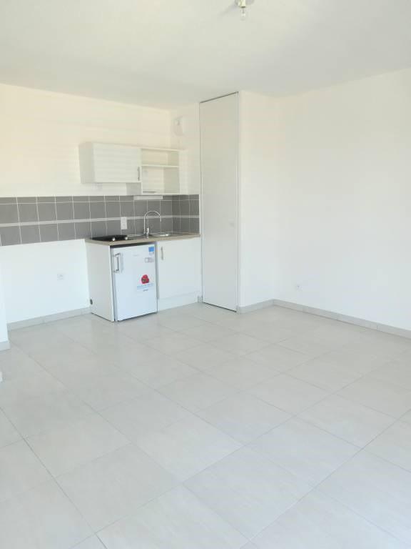 Alquiler  apartamento Avignon 595€ CC - Fotografía 3
