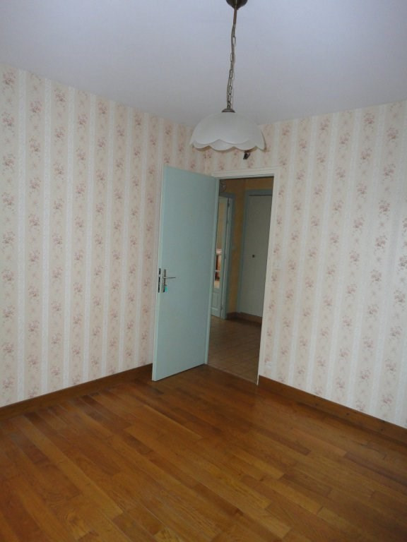 Sale house / villa Saint-brice-sur-vienne 100000€ - Picture 7