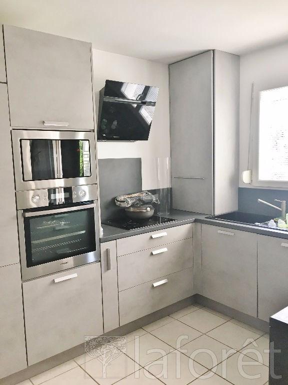 Vente maison / villa L isle d abeau 239000€ - Photo 4