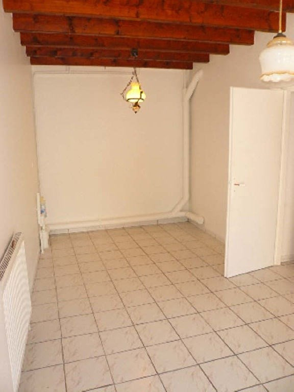 Rental house / villa Bourgoin jallieu 980€ CC - Picture 2