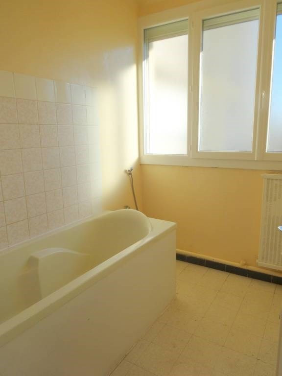Rental apartment Avignon 580€ CC - Picture 4