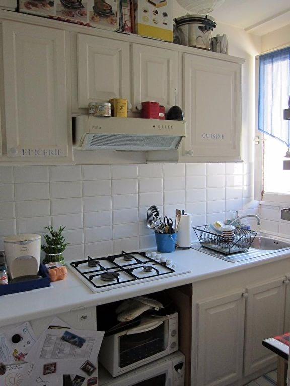 Rental apartment Le vesinet 1048€ CC - Picture 7