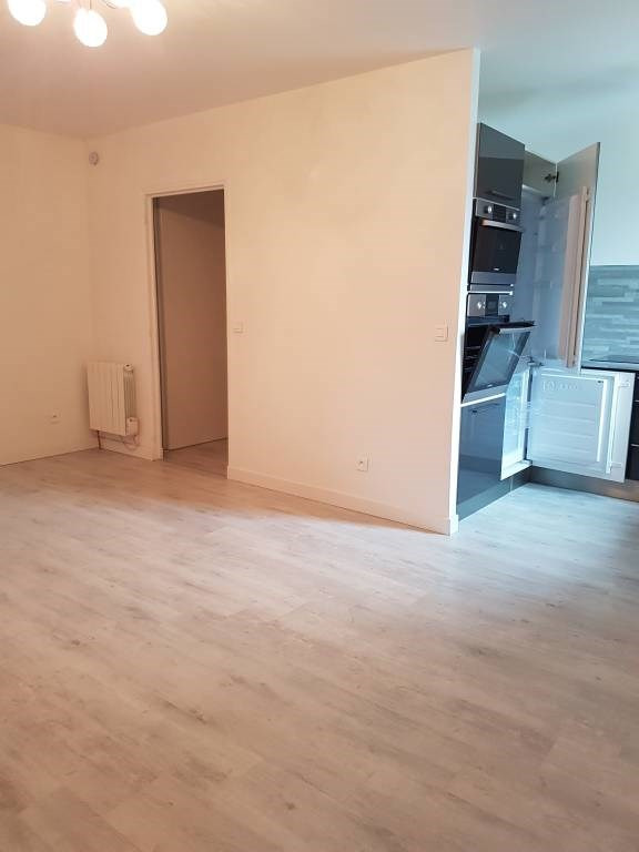 Location appartement Cheptainville 700€ CC - Photo 7