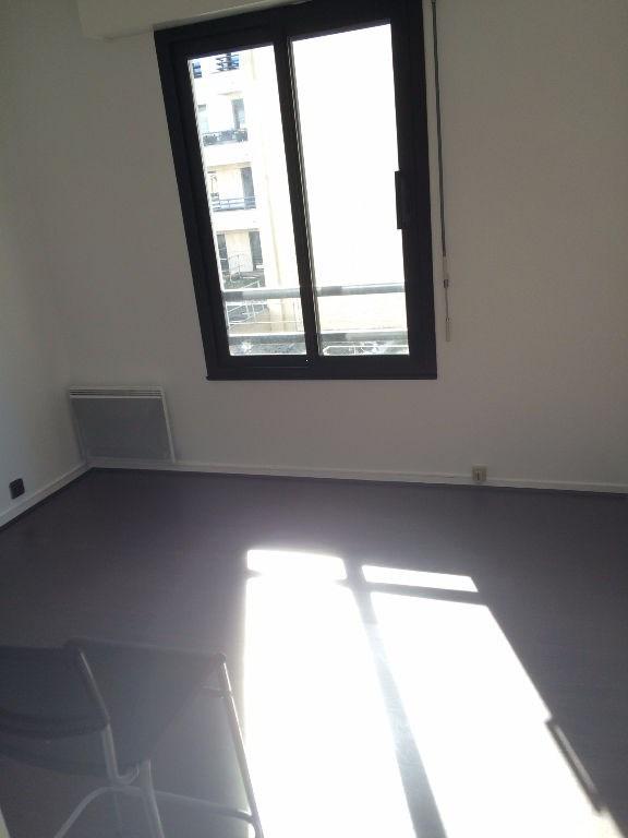 Location appartement Levallois perret 1427€ CC - Photo 4