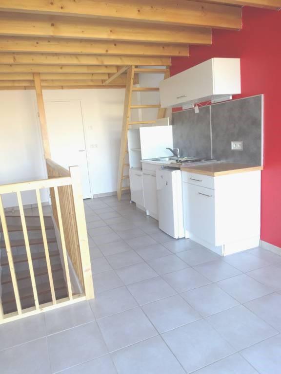 Rental apartment Avignon 403€ CC - Picture 1