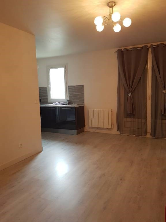 Location appartement Cheptainville 700€ CC - Photo 4