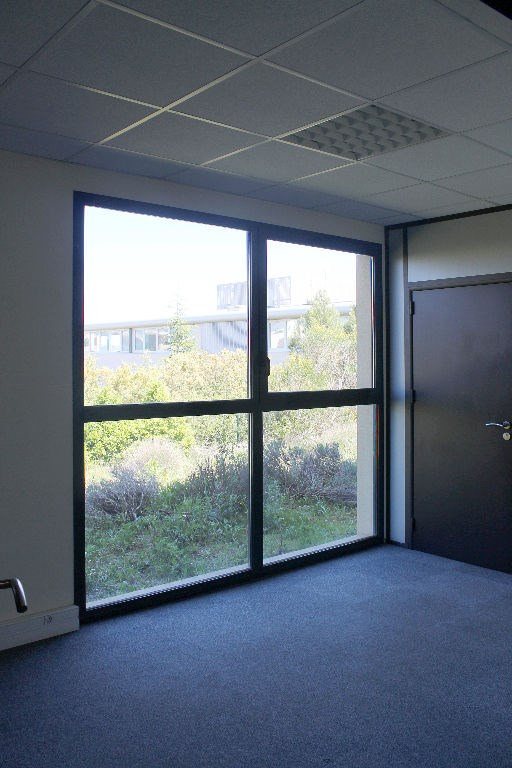 Sale office Aix en provence 275 000€ - Picture 5