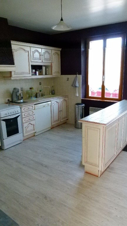 Sale house / villa Breteuil 136000€ - Picture 2