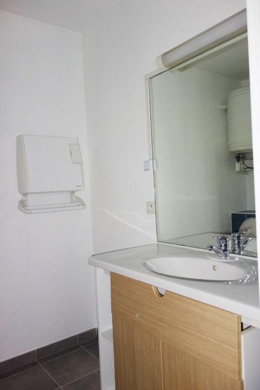 Rental apartment Toulon 415€ CC - Picture 4